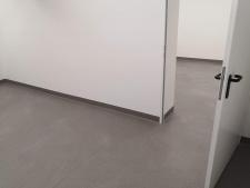 2. Grindjuosčių įrengimas (PVC užlenkiama ant sienos)